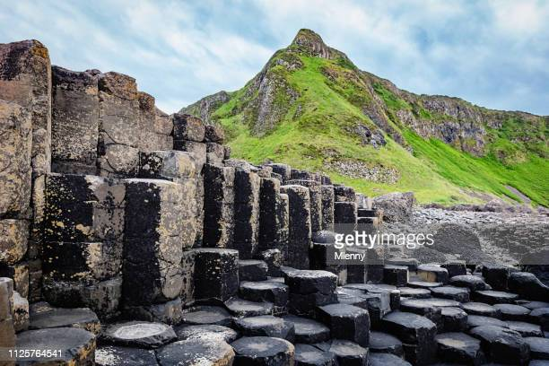 giants causeway hexagonal rock formation northern ireland - belfast stock pictures, royalty-free photos & images