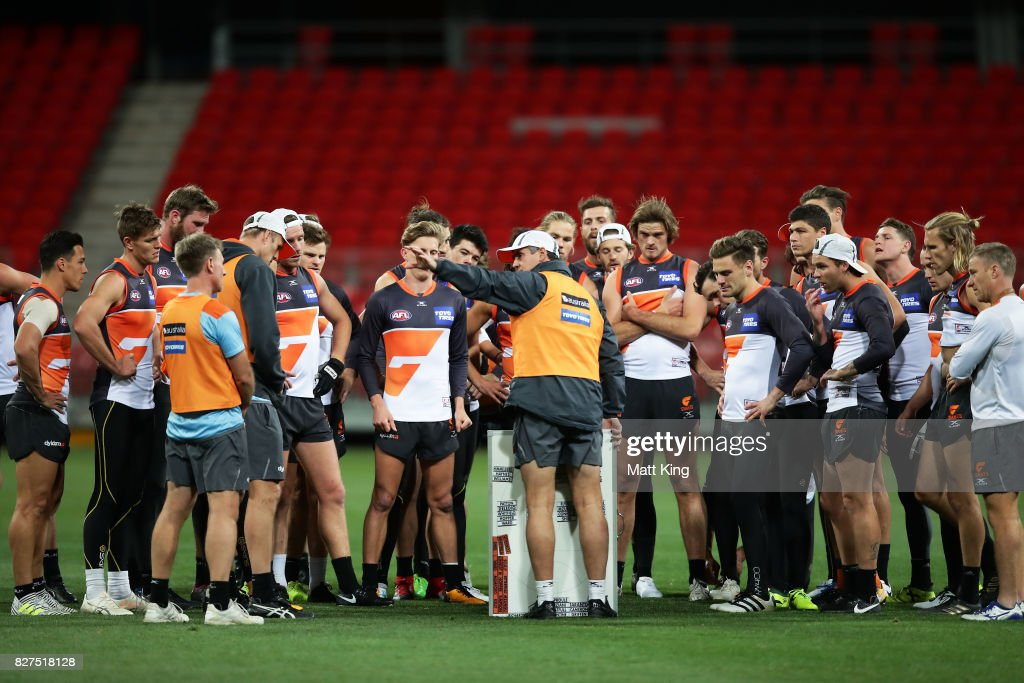 Giants head coach Leon Cameron talks ti players during a Greater Western Sydney Giants AFL training session at Spotless Stadium on August 8, 2017 in Sydney, Australia.