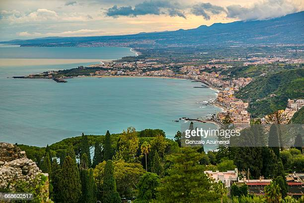 giardini-naxos bay in sicily - naxos sicily stock pictures, royalty-free photos & images