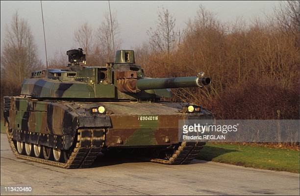 Giat Lndustries: Deliverya Of 1st Tank 'Leclerc' To Direction Generale Des Armees On January 14th, 1992 In France