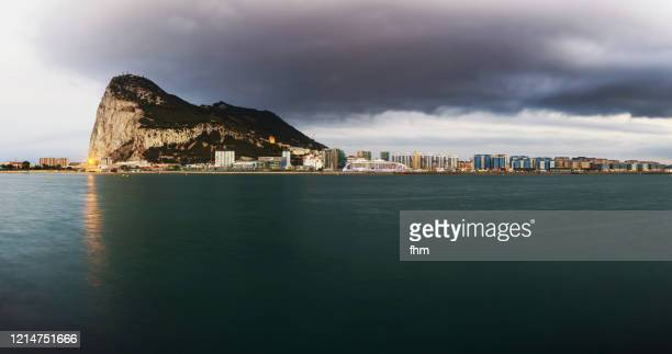 gibraltar - city and upper rock (uk) - la linea de conception stock pictures, royalty-free photos & images