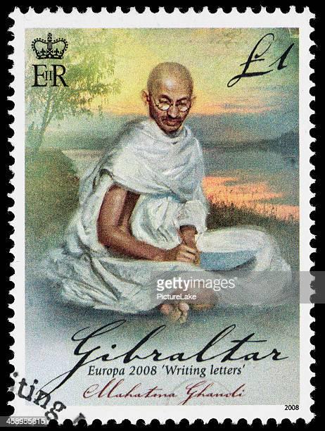 gibraltar mahatma gandhi sello postal - mahatma gandhi fotografías e imágenes de stock