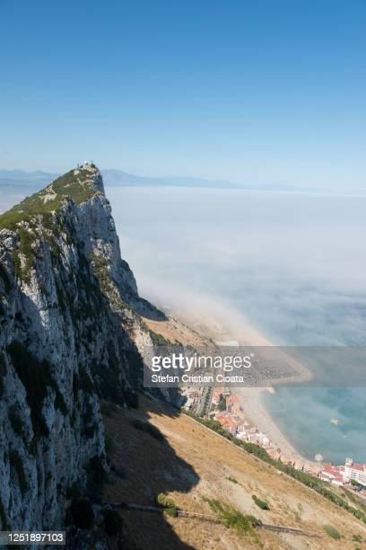 gibraltar - view from observation deck - ジブラルタルの岩山 ストックフォトと画像