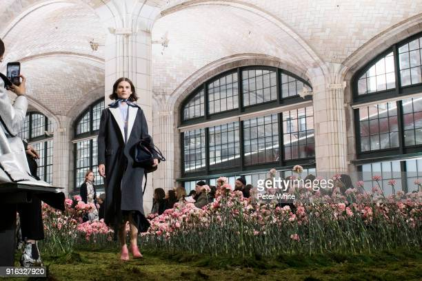 Giedre Dukauskaite walks the runway at the Tory Burch Fall Winter 2018 Fashion Show during New York Fashion Week at Bridge Market on February 9 2018...