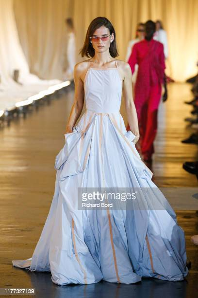 Giedre Dukauskaite walks the runway during the OffWhite Womenswear Spring/Summer 2020 show as part of Paris Fashion Week on September 26 2019 in...