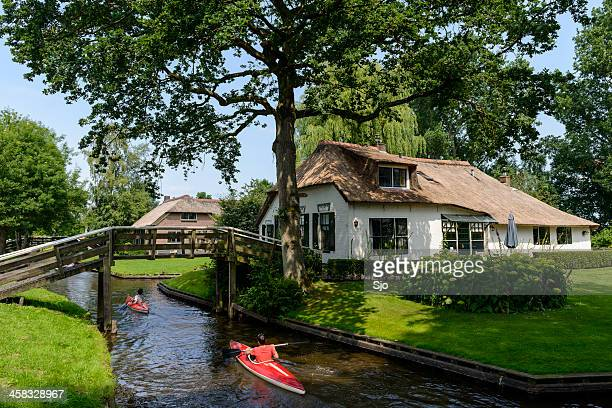 giethoorn canoe - giethoorn stock pictures, royalty-free photos & images