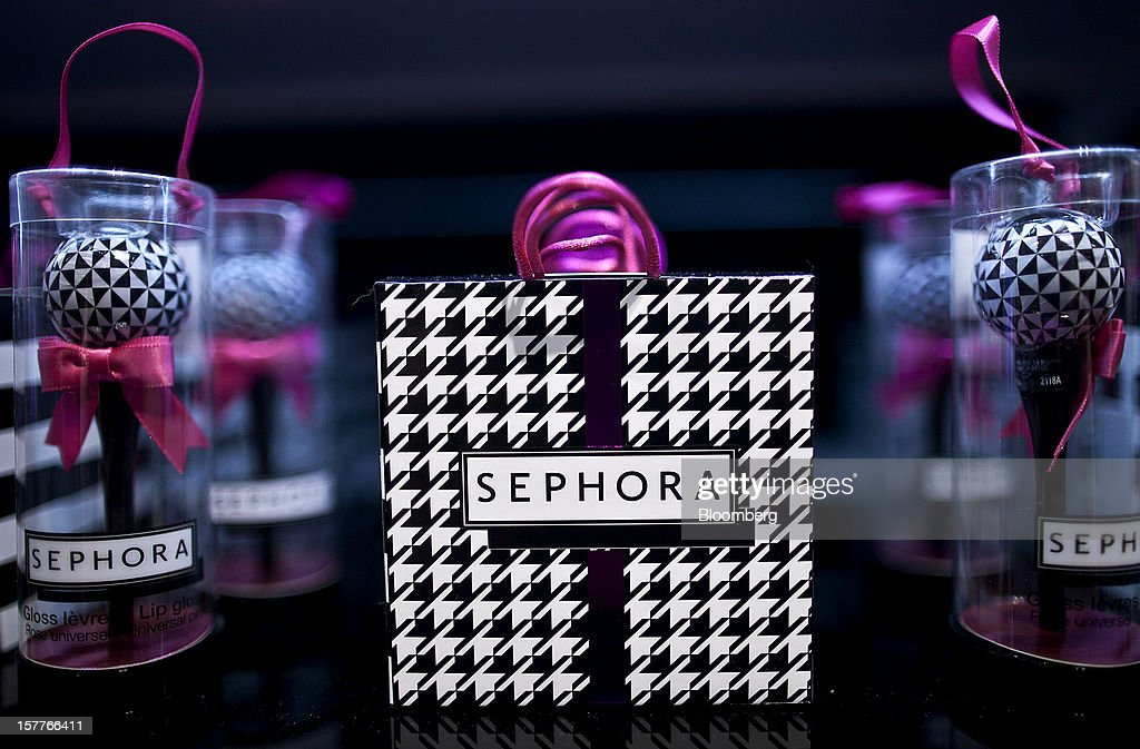 Gift bags sit on display during the opening of a Sephora SA store at the Riosul shopping mall in Rio de Janeiro, Brazil, on Wednesday, Dec. 5, 2012. Sephora SA, a French beauty product retail chain, opened its first Brazil location earlier this year in July. Photographer: Dado Galdieri/Bloomberg via Getty Images