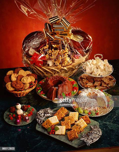 Gift basket with desserts