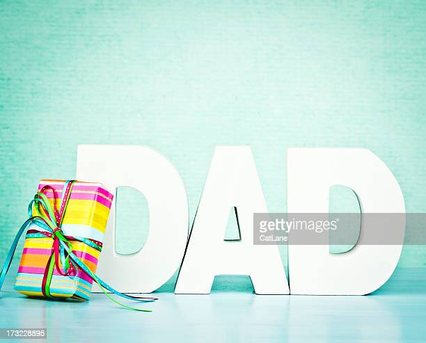 gift for dad - fathers day stock pictures, royalty-free photos & images