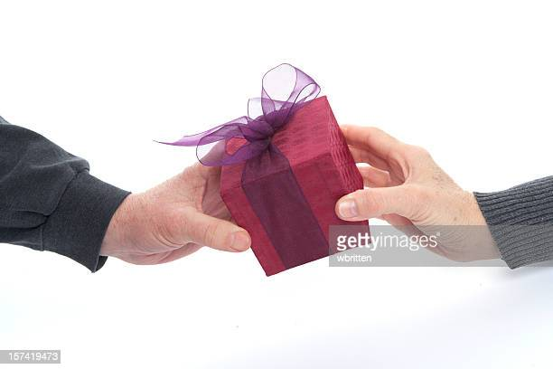Gift giving (XXL)