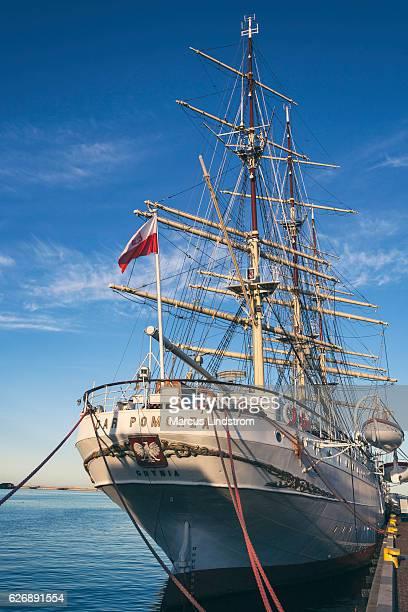 ポメラニア帆船の贈り物 - グディニャ ストックフォトと画像