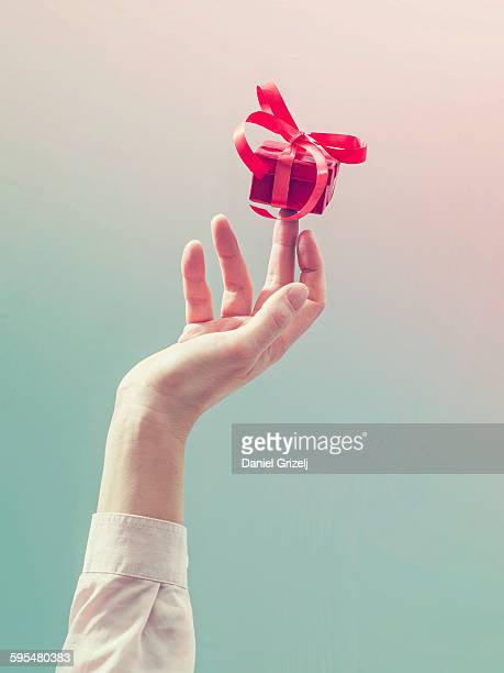 gift - sleeve stock pictures, royalty-free photos & images