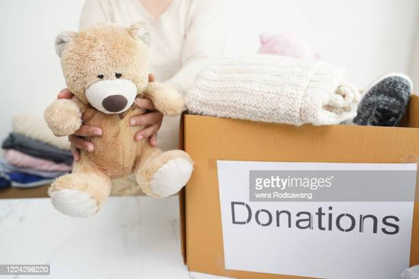 gift to happiness - poor service delivery stock pictures, royalty-free photos & images