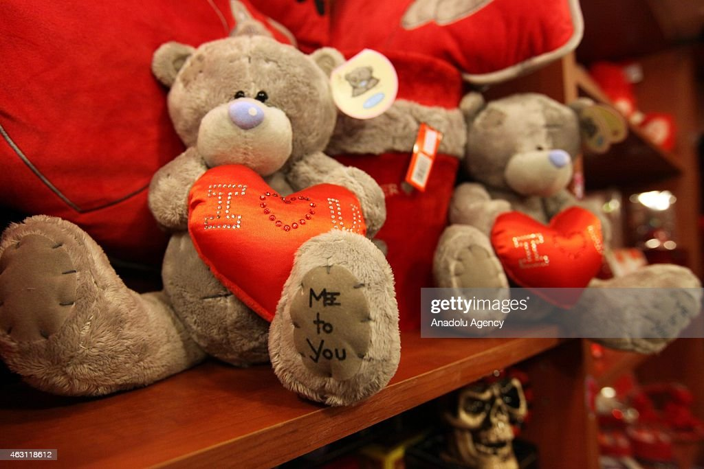 Valentines Day Preparations in Lebanon : News Photo