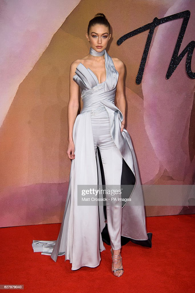 The Fashion Awards 2016 - London : News Photo