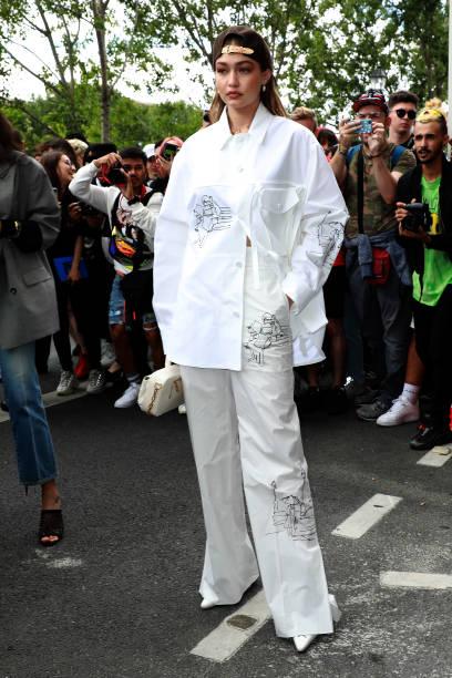 FRA: Louis Vuitton : Outside Arrivals - Paris Fashion Week - Menswear Spring/Summer 2020