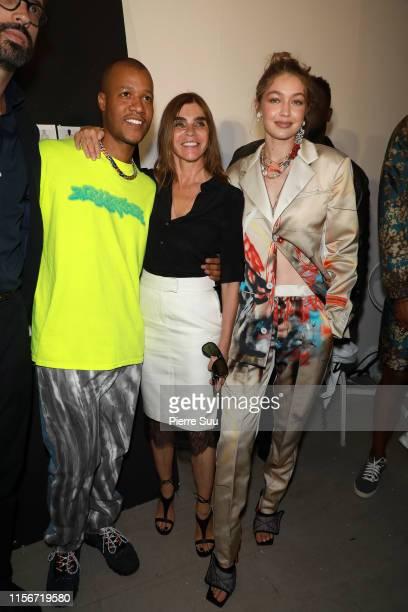 Gigi Hadid, Heron Preston and Carine Roitfeld pose backstage prior the Heron Preston Menswear Spring Summer 2020 show as part of Paris Fashion Week...