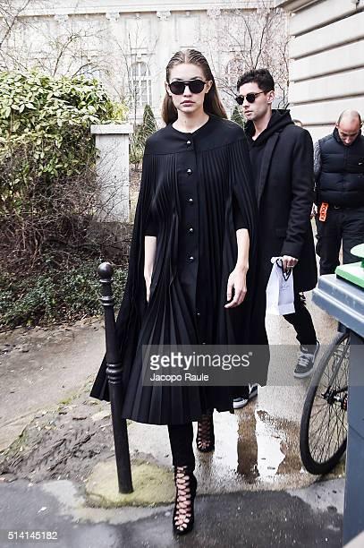 Gigi Hadid is seen arriving at Giambattista Valli Fashion show during Paris Fashion Week Womenswear Fall Winter 2016/2017 on March 7 2016 in Paris...