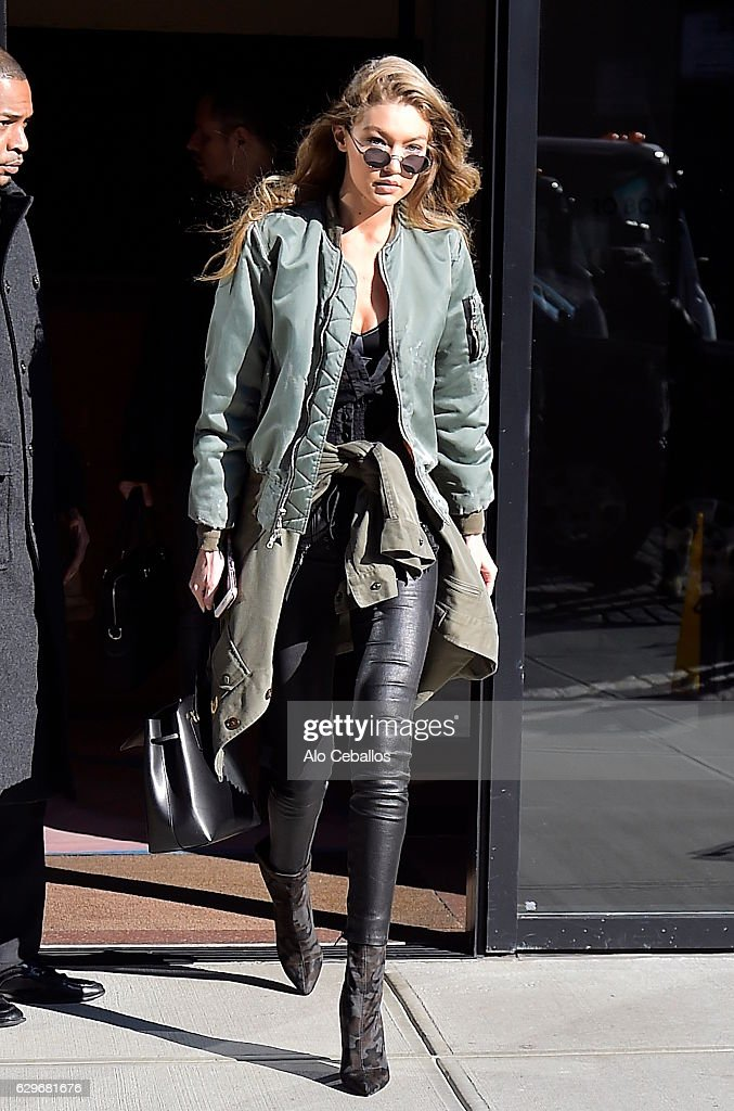 Celebrity Sightings in New York City - December 14, 2016 : News Photo