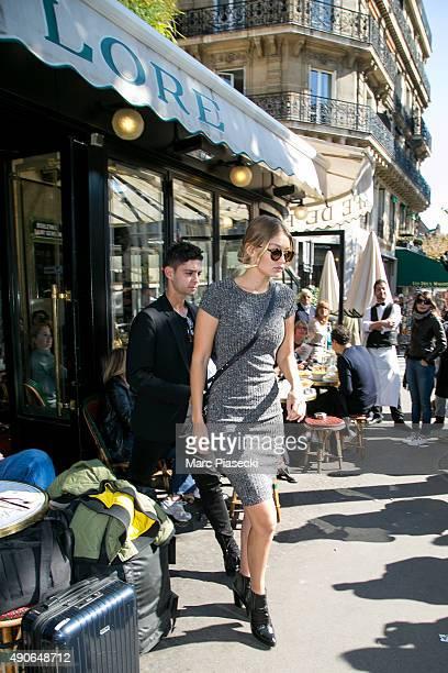 Gigi Hadid leaves the 'Cafe de Flore' on September 30 2015 in Paris France