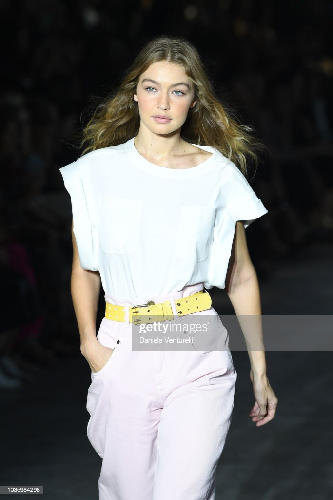 Alberta Ferretti - Runway - Milan Fashion Week Spring/Summer 2019