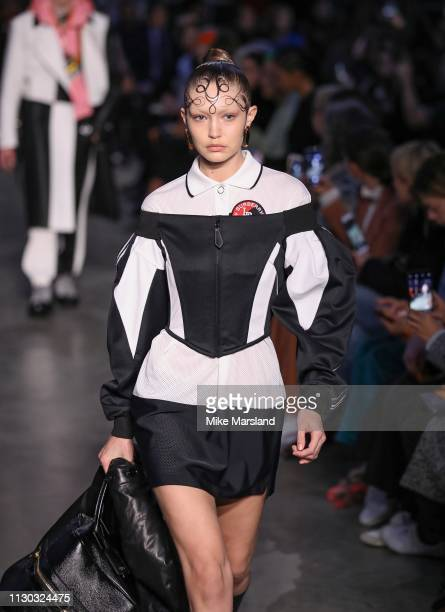Gigi Hadid walks the runway at the Burberry show during London Fashion Week February 2019 on February 17, 2019 in London, England.