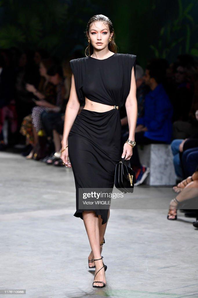 Versace - Runway - Milan Fashion Week Spring/Summer 2020 : News Photo