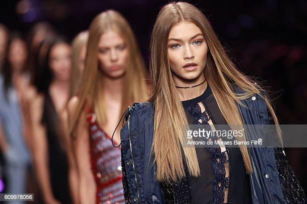 Gigi Hadid walks the runway at the Versace show during Milan Fashion Week Spring/Summer 2017 on September 23 2016 in Milan Italy