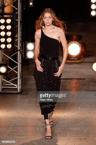 Gigi Hadid walks the runway during the Isabel Marant show as part of the Paris Fashion Week Womenswear Spring/Summer 2018 on September 28 2017 in...
