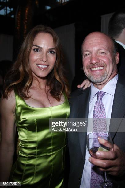 Gigi Levangie Grazer and Jim Cramer attend Celebration of GIGI LEVANGIE GRAZER'S New Book QUEEN TAKES KING at Mr Chow Tribeca on June 11 2009 in New...