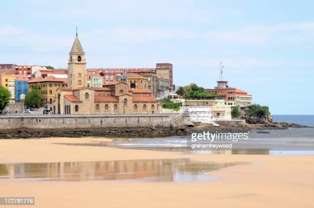 Gijón, San Lorenzo Beach