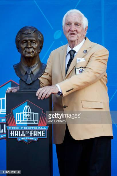 Gil Brandt during his enshrinement to the Pro Football Hall of Fame at Tom Benson Hall Of Fame Stadium on August 3 2019 in Canton Ohio