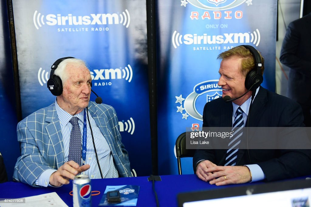 Gil Brandt (L) host of the SiriusXM NFL Radio show talks with Commissioner of the National Football League, Roger Goodell during the first round of the 2017 NFL Draft at Philadelphia Museum of Art on April 27, 2017 in Philadelphia, Pennsylvania.