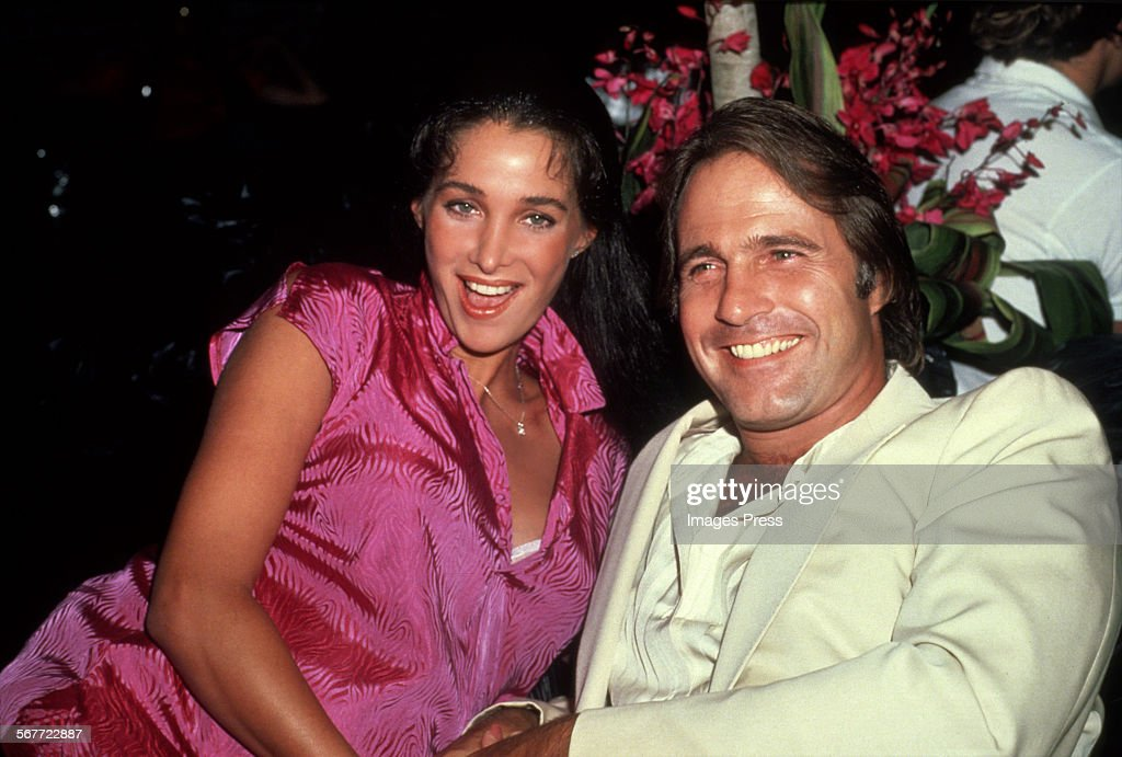 Gil Gerard and Connie Sellecca : News Photo