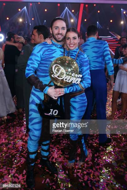 Gil Ofarim and Ekaterina Leonova during the final show of the tenth season of the television competition 'Let's Dance' on June 9, 2017 in Cologne,...
