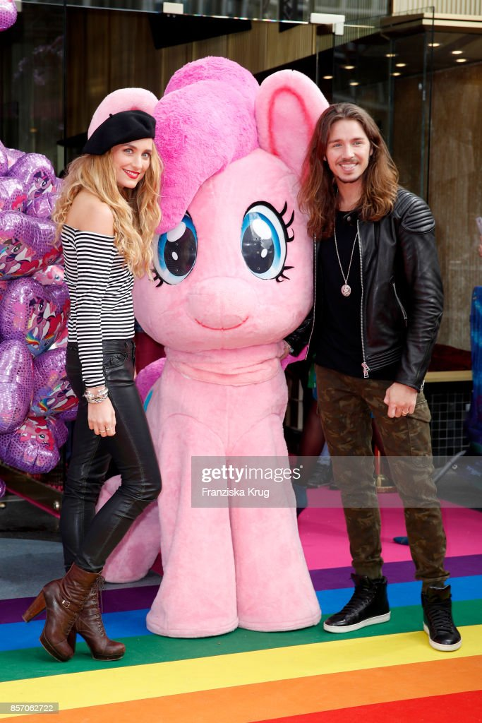 Gil Ofarim and his wife Verena Brock attend the 'My little Pony' Premiere at Zoo Palast on October 3, 2017 in Berlin, Germany.