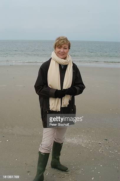 Gila von Weitershausen ARDFilm Freie Fahrt ins Glück alter Titel Irrwege zum Glück NordseeInsel Amrum Deutschland
