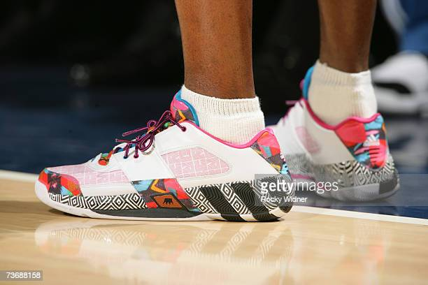 Gilbert Arenas of the Washington Wizards shows off his sneakers during the game against the Golden State Warriors on March 23 2007 at Oracle Arena in...