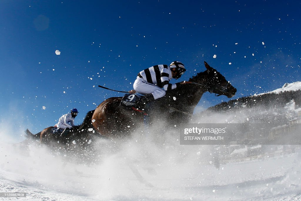 CHE: Horse racing on St.Moritz frozen lake