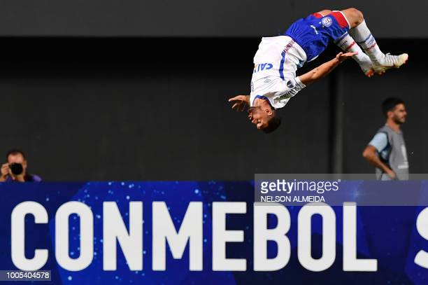 TOPSHOT Gilberto of Brazil's Bahia celebrates after scoring against of Uruguay's Atletico Cerro during their 2018 Copa Sudamericana football match...