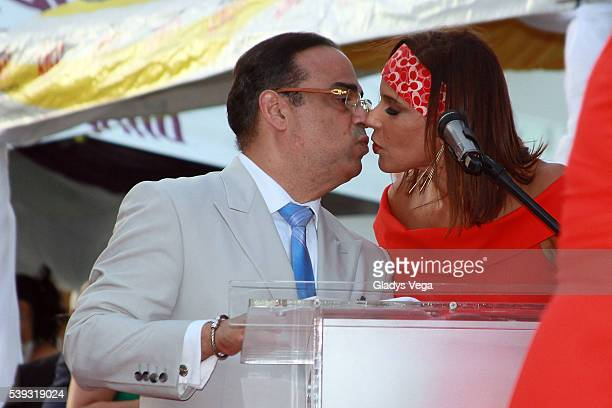 Gilberto Santa Rosa kisses his wife Alexandra Malagon while he is honored with a star in Paseo de la Fama on June 10 2016 in San Juan Puerto Rico
