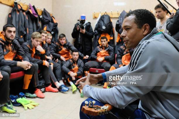 Gilberto Silva during training with young players during Match TV reality show Who wants to be a Legionnaire at Yantar stadium on April 19 2017 in...