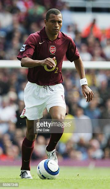 Gilberto Silva of Arsenal in action during the Barclays Premiership match between Arsenal and Newcastle United at Highbury on August 14 2005 in...