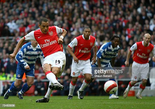Gilberto Silva of Arsenal scores from the penalty spot during the Barclays Premiership match between Arsenal and Reading at The Emirates Stadium on...