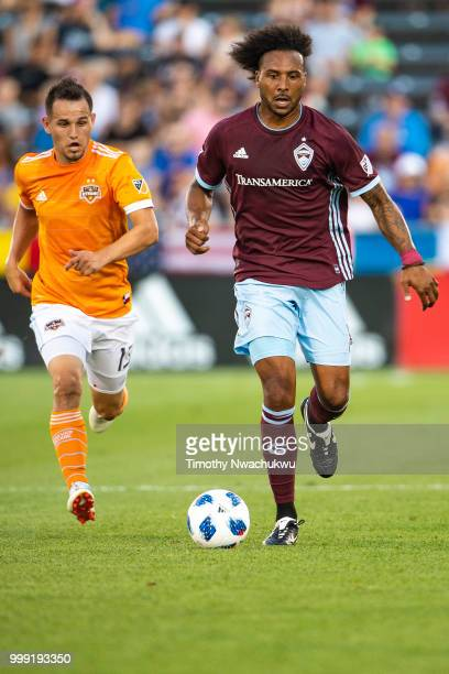 Giles Barnes of Colorado Rapids dribbles downfield against the Houston Dynamo at Dick's Sporting Goods Park on July 14 2018 in Commerce City Colorado