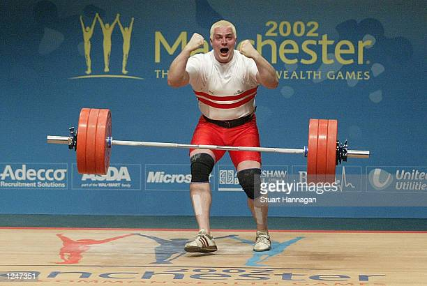 Giles Greenwood of England, during the snatch round , during the 2002 Commonwealth Games , Manchester, England on August 3, 2002.