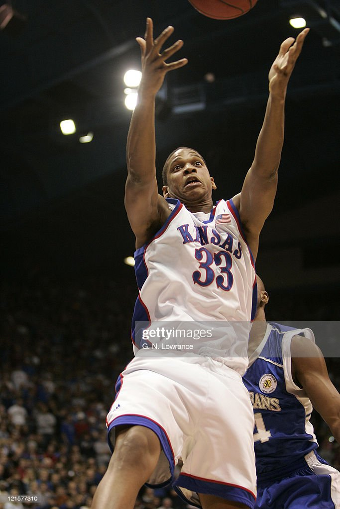 NCAA Men's Basketball - New Orleans vs Kansas - December 29, 2005