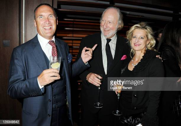 AA Gill Ed Victor and Alison Jackson attend a private dinner hosted by Wolfgang Puck his wife Gelila Puck and Charles Finch to celebrate the launch...