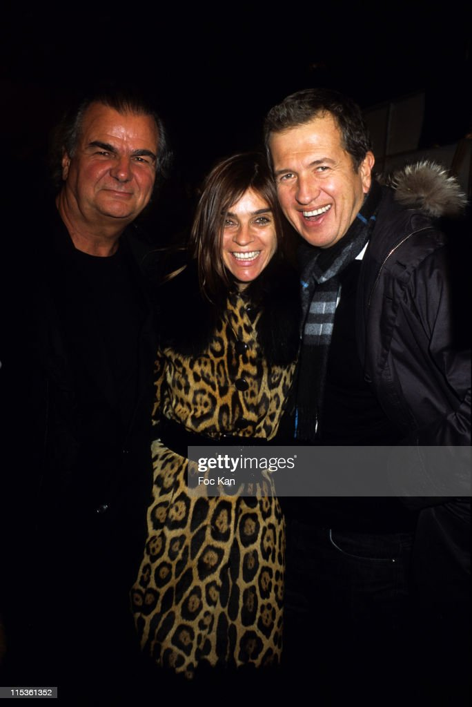 Paris Fashion Week Ready To Wear Fall/Winter 2005- Valentino Show
