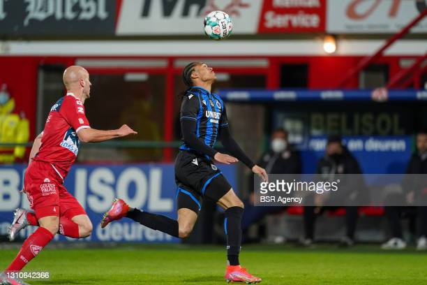 Gilles Dewaele of KV Kortrijk and Tahith Chong of Club Brugge during the Jupiler Pro League match between KV Kortrijk and Club Brugge at Guldensporen...